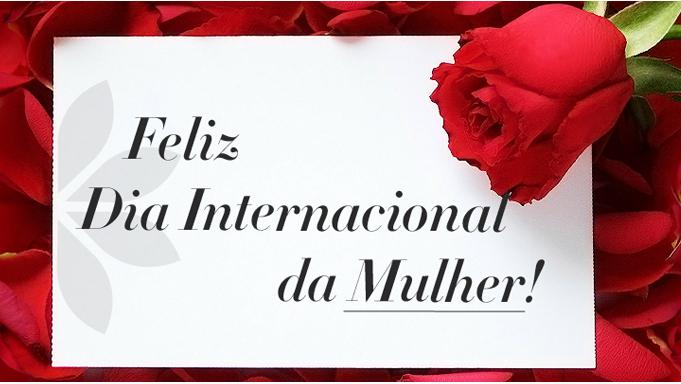 Privalia homenagea Mulheres com uma rosa vermelha na Avenida Paulista, em São Paulo
